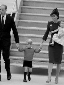 La famille royale en voyage au Canada : George et Charlotte sont les stars !