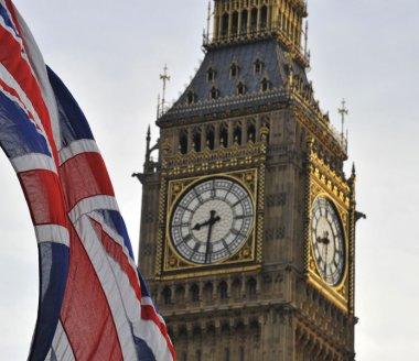 Royaume-Uni / Eco : forte baisse de la production industrielle