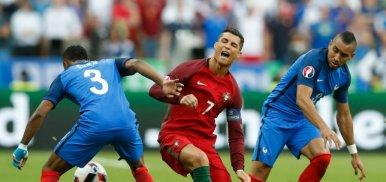 Collina défend Payet après sa faute sur Ronaldo