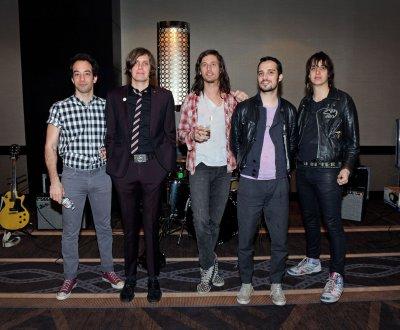 The Strokes lâche trois nouveaux titres avant un EP