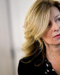 Sur quoi va porter le nouveau livre de Valérie Trierweiler ?