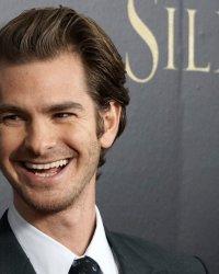 Vu sur le Web : Andrew Garfield s'explique, Emma Watson ratée et un Joker inédit