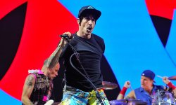 En Biélorussie, des douaniers confondent Red Hot Chili Peppers avec Metallica