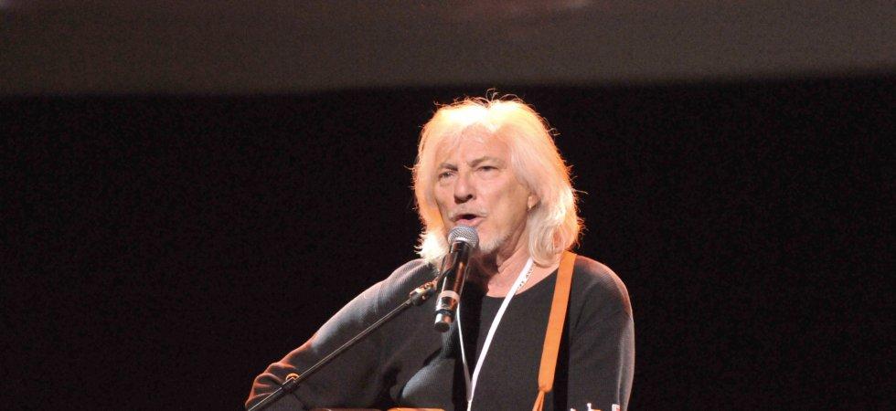 Hugues Aufray réagit au prix Nobel de littérature de Bob Dylan