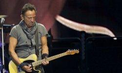 """Pour Bruce Springsteen, Donald Trump est un """"abruti"""" qui fait """"honte"""" à son pays"""