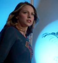 Supergirl - teaser 18 - VO - (2016)