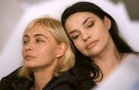 Bye Bye Blondie - bande annonce - (2012)