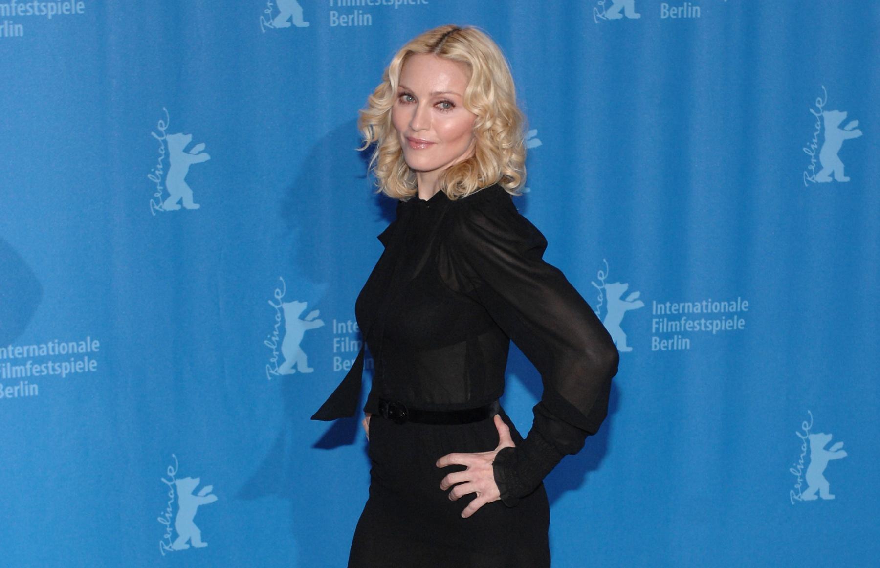 Madonna va écrire et réaliser un biopic sur sa vie