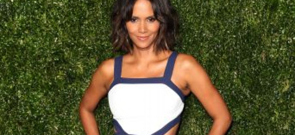 Halle Berry, somptueuse en robe blanche