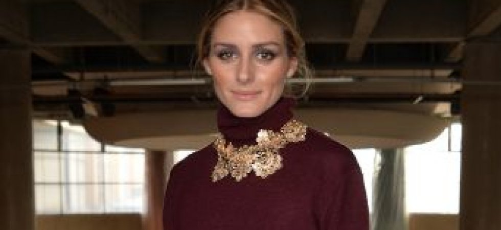 Olivia Palermo et son total look prune