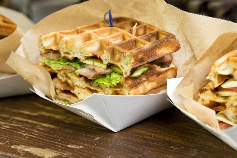 Et si vous remplaciez le pain de vos sanwichs par des gaufres ?