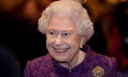 Quatre scandales sous le règne d'Elizabeth II