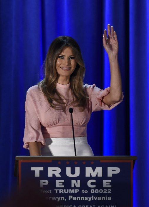 Melania Trump donne un discours dans le cadre de la campagne présidentielle de son mari à Berwyn, le 3 novembre 2016.