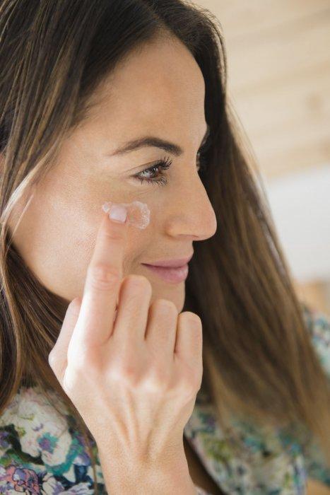 Protéger sa peau des UV avec une crème solaire