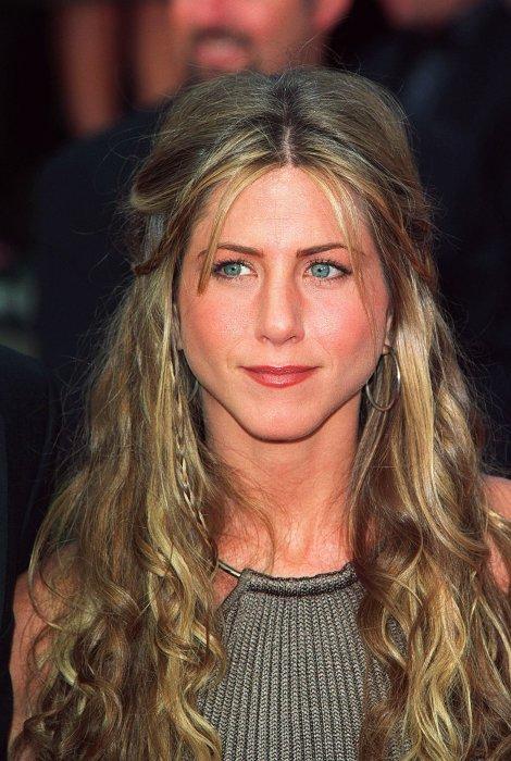 Jennifer Aniston : un joli minois refait ?