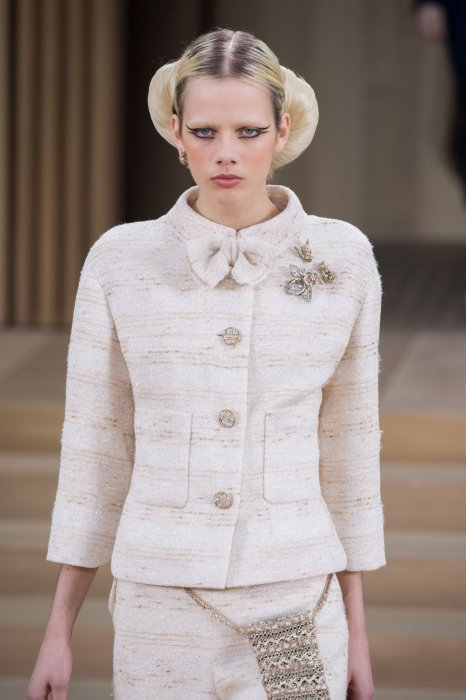Le chignon Star Wars de Chanel.