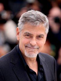 Quand George Clooney, bientôt papa, se compare à Belmondo