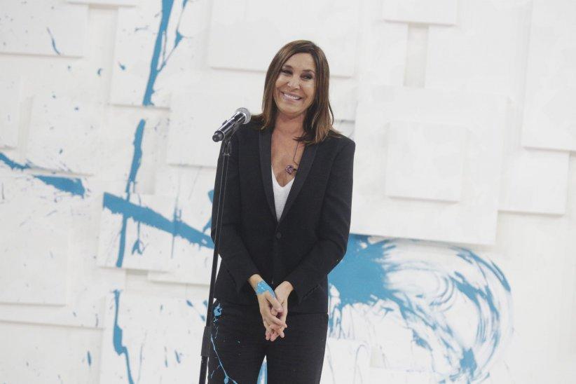 Zazie assiste au Téléthon 2015 à Paris, en décembre 2015.