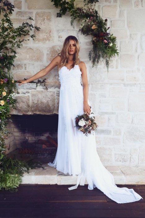 Hollie, la robe signée Grace Loves Lace qui fait rêver les internautes.