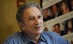 Michel Drucker dit adieu à Vivement Dimanche