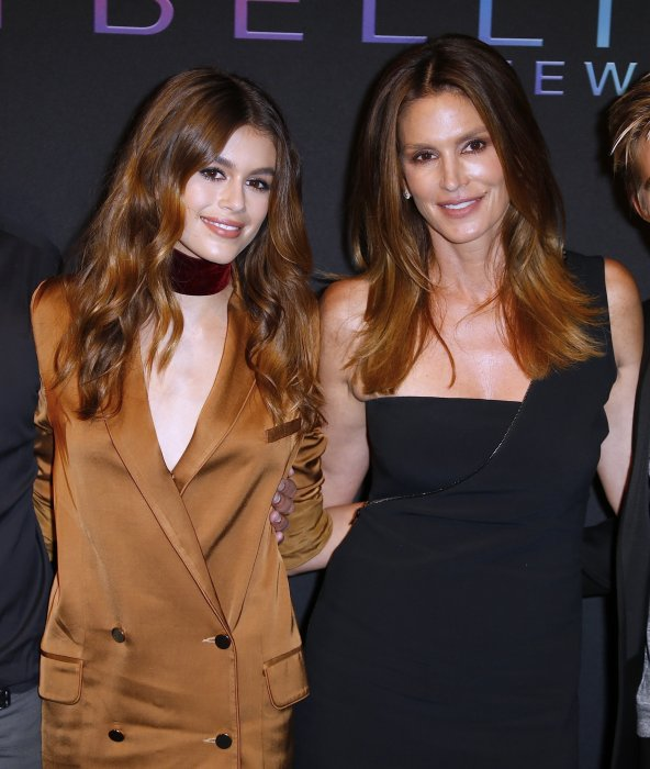 Cindy Crawford et sa fille Kaia Gerber à la soirée Maybelline lors de la Fashion Week à New York, le 8 septembre 2016.