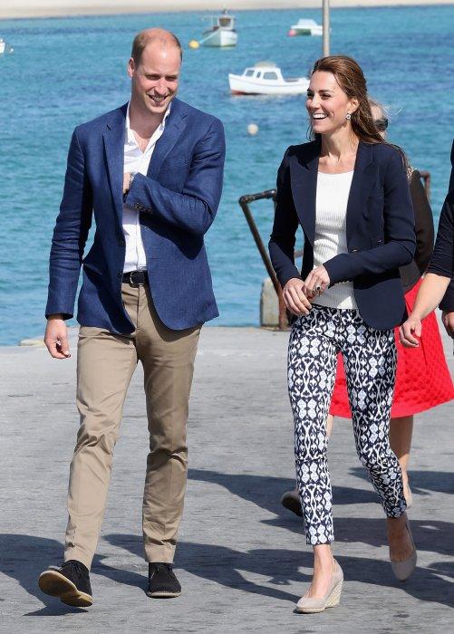 Le prince William et Kate Middleton en visite à St Martin sur les îles Scilly, le 2 septembre 2016.