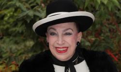 Geneviève de Fontenay dit adieu aux Miss