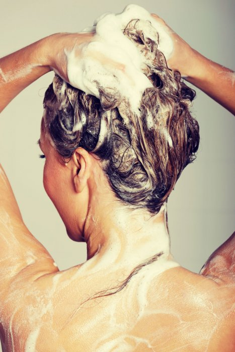 Utiliser un shampoing doux