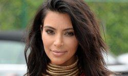"""Kim Kardashian """"nue"""" sous son peignoir lors de son agression à Paris"""