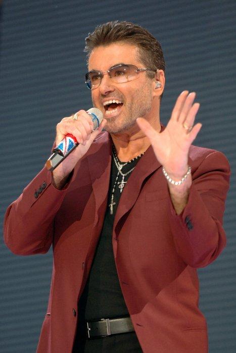George Michael en concert au stade Wembley à Londres, le 9 juin 2007.
