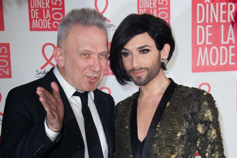 Jean Paul Gaultier et Conchita Wurst participent à la 13ème édition du Dîner de la mode contre le sida à Paris, le 29 janvier 2015.