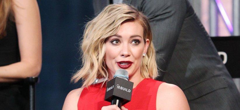 Hilary Duff assure la promotion de Younger à New York (13/01/2016)