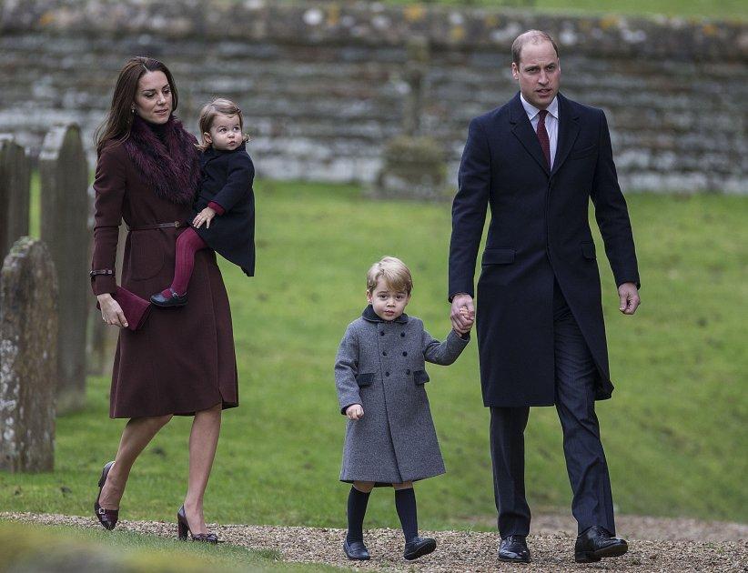 Le prince William, Kate Middleton et leurs enfants George et Charlotte en l\