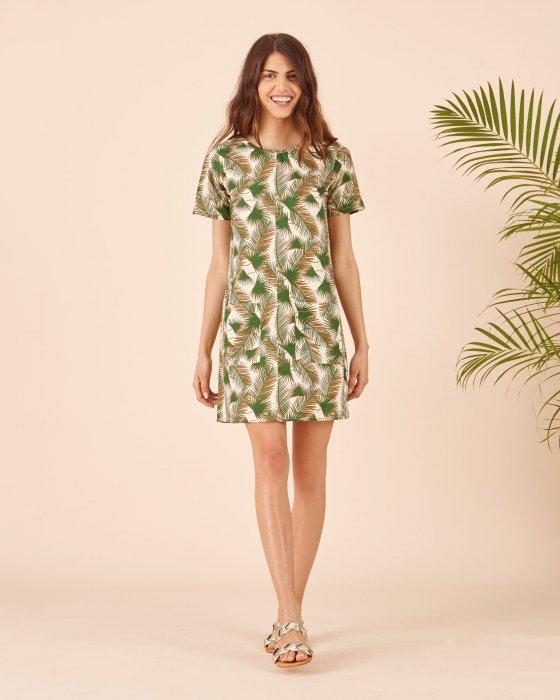 La robe tropicale : parfaite pour le bureau. On remplace cependant les sandales par une jolie paire de talons !