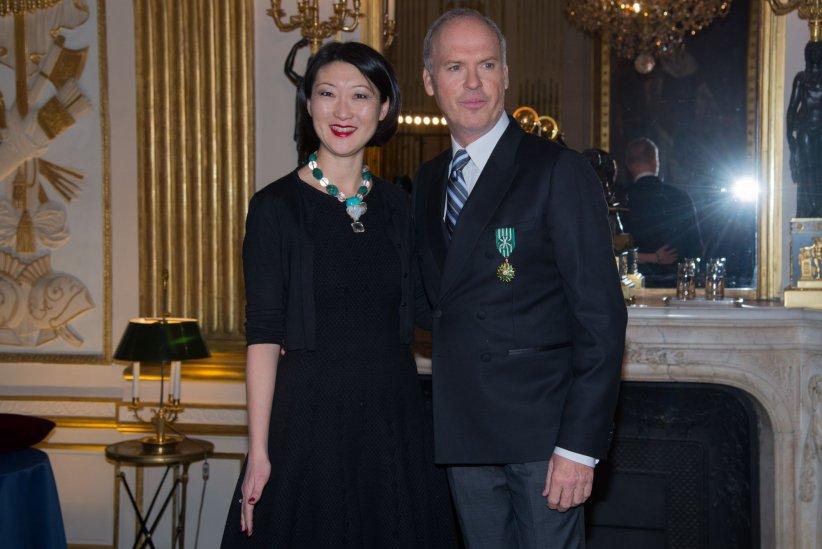 Michael Keaton au ministère de la Culture, avec la ministre Fleur Pellerin, le 18 janvier 2016.