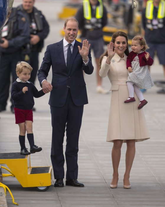 Le prince William, Kate Middleton et leurs enfants en marge de leur voyage au Canada à Victoria, le 1er octobre 2016.