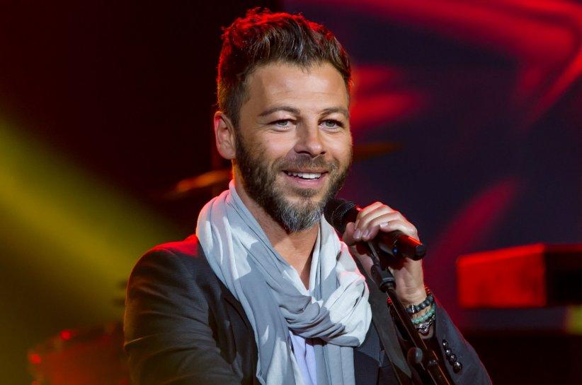 Christophe Maé lors du concert anniversaire de la radio RFM à Paris le 16 juin 2014.