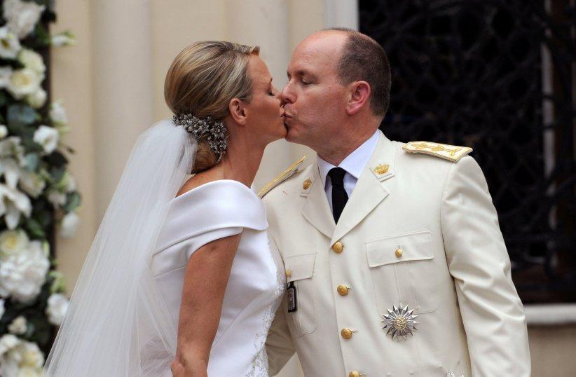 Charlène et Albert de Monaco ont échangé leurs voeux le 2 juillet 2011.