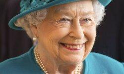 La reine Elizabeth II boit probablement plus d'alcool que vous !