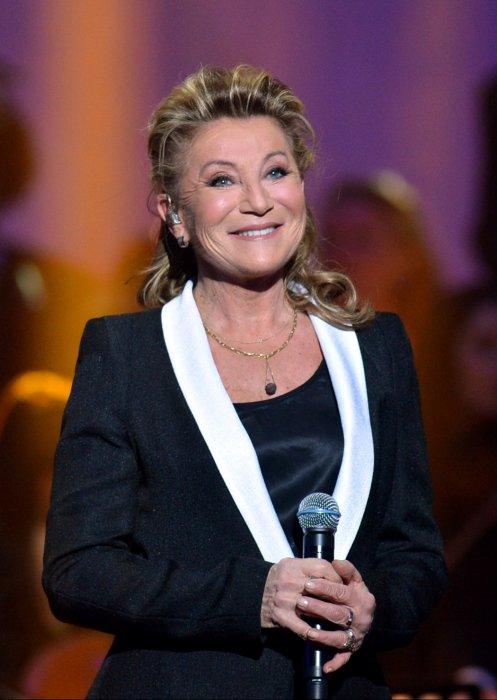 Sheila à la 28ème cérémonie des Victoires de la Musique, au Zénith de Paris, le 8 février 2013.