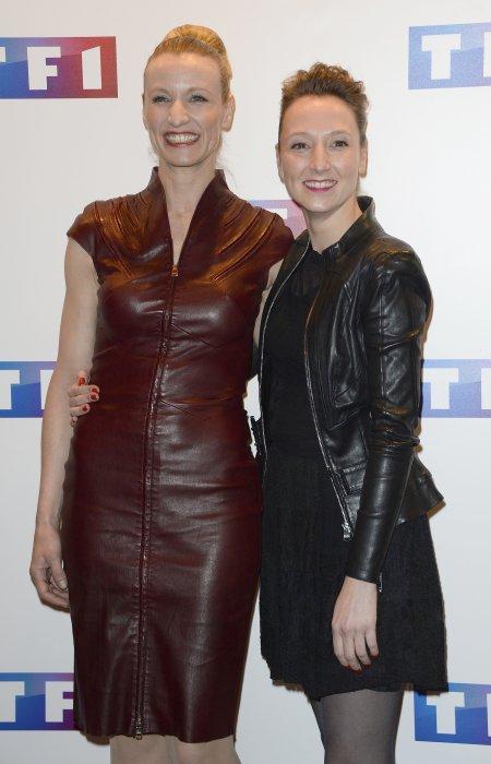 Alexandra Lamy et sa soeur Audrey assistent à l\