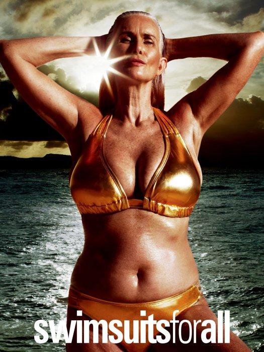 Nicola Griffin, mannequin de 56 ans pose pour la campagne #SwimSexy de la marque Swimsuitsforall dans le magazine Sport Illustrated.