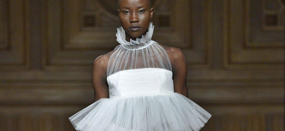 Fashion Week de Paris : défilé exotique et féminin chez YDE