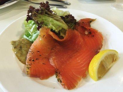 Saumon gravlax sauce à l'aneth