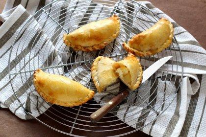Chaussons au fromage et aux pommes