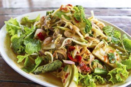 Salade thaï au boeuf épicé