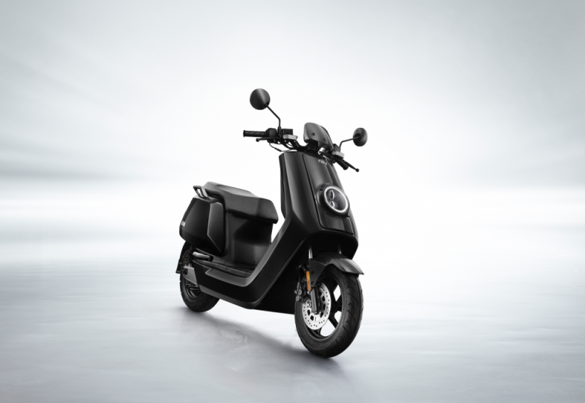 N1S Civic : le scooter électrique par Niu