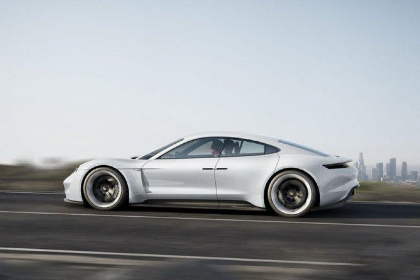 Porsche Mission E : 20000 unités par an