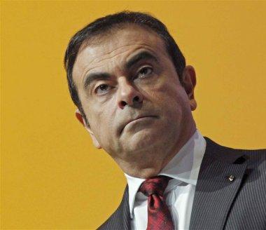 Renault poursuit sa chute en bourse sur fond de soupçons sur les émissions polluantes