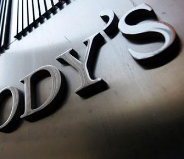 Moody's place les notes de Solvay sous perspective stable
